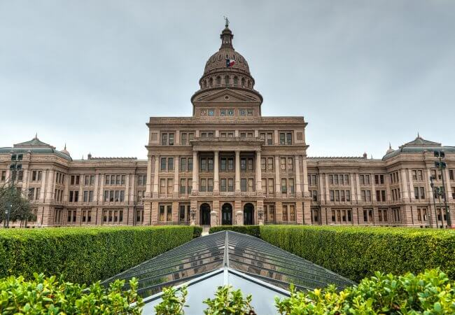 Texas Eases Restriction on Nurse Practitioners